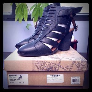 Hayes Heel Boot - Free People -  Fits Sz 10 - NWT